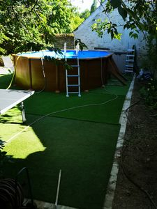 Outdoor pool table tennis