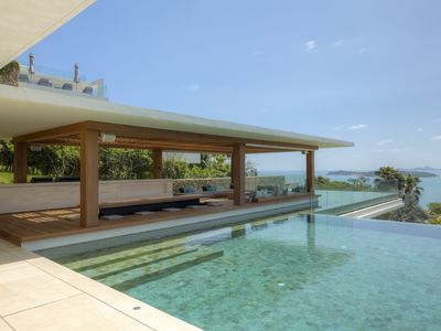 Photo for 8 Bedroom Luxury Villa with Private Pool, Gym, Cinema, Jacuzzis