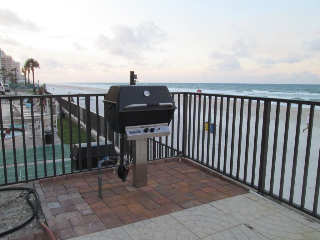 Fantastic Ocean Front Condo Book Your Summer Vacation Now 2bd 2ba Daytona Beach Shores