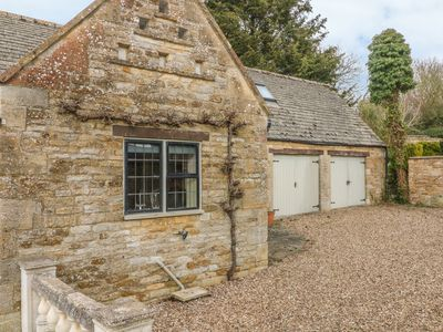 Photo for The Court Yard Cottage, BOURTON-ON-THE-WATER