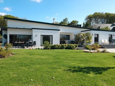 Photo for Vacation home Villa du Bonheur (PGN201) in Plougonven - 10 persons, 5 bedrooms