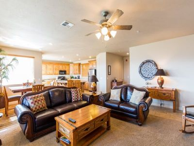 Photo for 2111 | ELEVATOR ACCESS, PRIVATE BALCONY WITH BEAUTIFUL MOUNTAIN VIEWS, GREAT CLUBHOUSE AMENITIES!