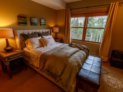 Photo for Spacious Telluride Hotel Room - Bear Creek Lodge (Mountain Village)