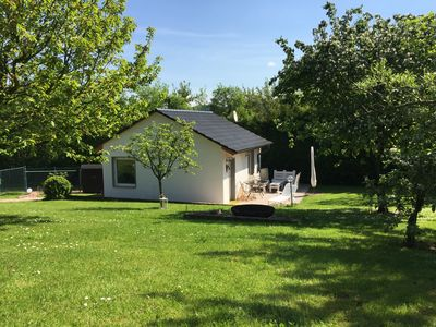 Photo for quiet and family-friendly accommodation in the countryside near Jena for 2-4 persons