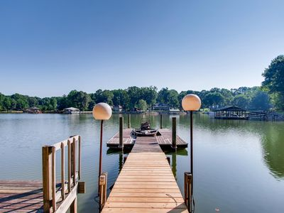 Photo for Welcome to Turtle Cove! New Vacation Rental w. private boat ramp
