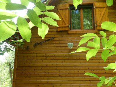 Photo for Charming chalet 6 people nestled in lush greenery.