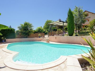 Photo for Comfortable holiday home with private swimming pool, plenty of space and privacy
