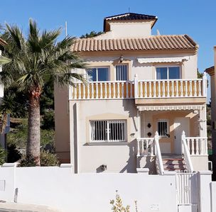 Photo for 5 Bedroom, 3 bathroom, Jacuzzi/ table tennis Backing onto Villamartin Golf Cours