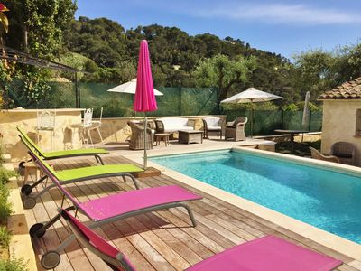 Photo for Charming Villa with Pool, Sea & Mountain Views, 5 mins Croisette & Festival Hall