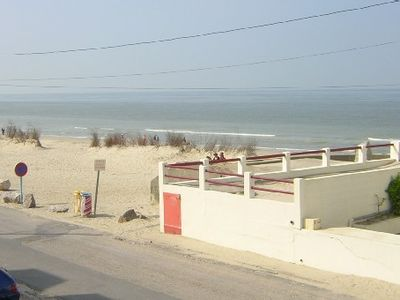 Photo for 4 persons studio parking, beach ( sea view - 98 ft) at Fort Mahon
