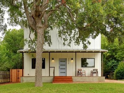 Photo for Modern Farmhouse in the heart of East Austin!