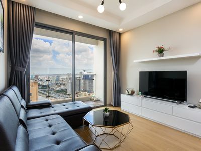 Photo for Brand New Luxury 2BR Apt, Infinity Pool, 5 mins to City Center