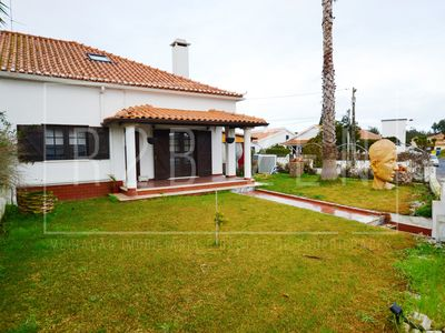 Photo for LE HO - Fabulous villa in Óbidos, can receive up to 20 people