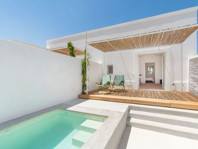 """Photo for Contemporary Holiday Apartment """"Masseria Pensato Suite Ulivo"""" with Heated Pool, Wi-Fi, Terrace & Garden; Parking Available"""