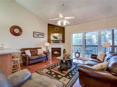 Photo for Twin View, 2 Bedrooms, Sleeps 6, Jacuzzis, Pets, Pool Table, Foosball