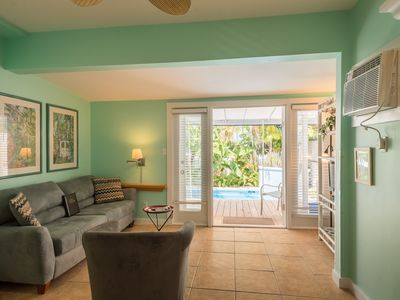 Photo for Cute, updated Key West home w/ private pool - close to Duval Street, dogs ok!