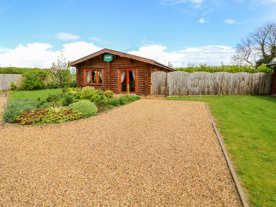 Photo for SYCAMORE LODGE, family friendly in Greetham, Rutland, Ref 972995