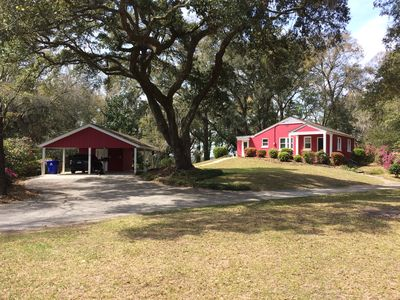 Photo for Private Charleston Bungalow – Centrally Located