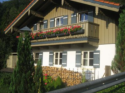 Photo for Very family friendly, pets welcome !! Own terrace, beautiful garden