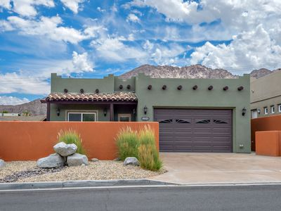 Photo for Spacious 3 Bdr. 2 Bth. Pool & Spa Beauty Located At The Foot Of The Mountains.
