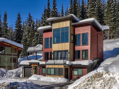 Photo for Welcome to Lookout Lodge in Canada's Second Largest Ski Resort.