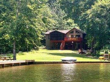 Amazing Waterfront Home In Private Setting