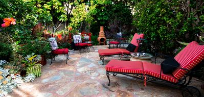 Enjoy the large patio in the Garden!