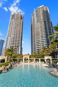 Photo for CHEVRON RENAISSANCE SURFERS PARADISE