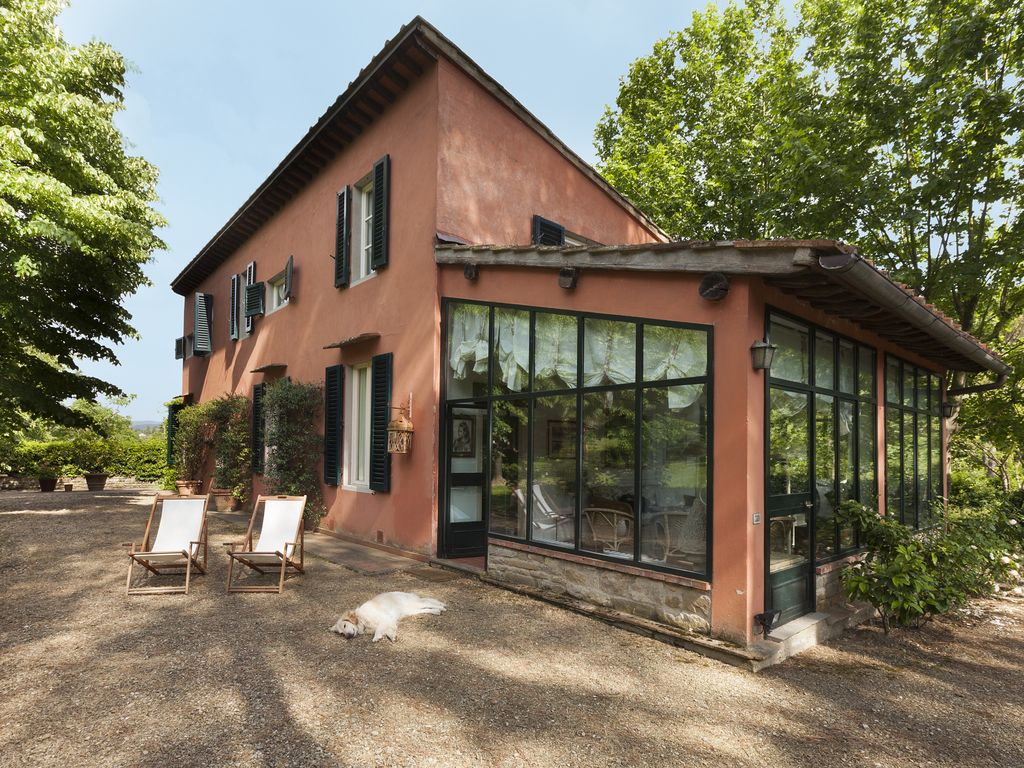 Villa in a park of Florence: Your house in a lovely park in Florence ...