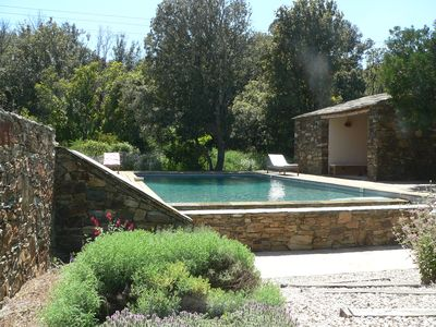 Photo for Villa spacious and quiet, in the village, large garden 2000 m2, 10mn beaches