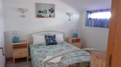 Photo for Family and holiday apartment 100 meters from the beach Peneco