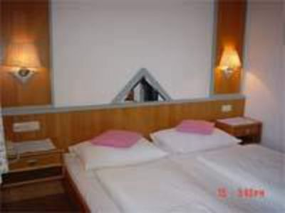 Photo for Apartment / 2 bedrooms / shower, WC - Chesa Montana