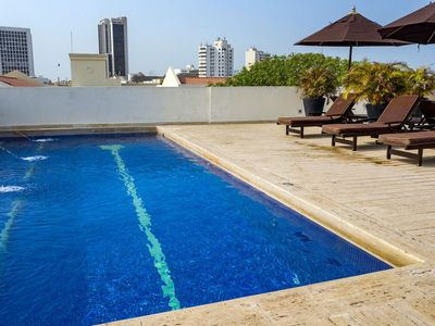 Photo for Car075 - Charming 1 bedroom apartment with rooftop pool in Cartagena