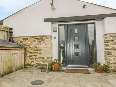 Photo for THE BOLTHOLE, pet friendly, with open fire in Crantock, Ref 983152