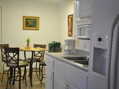 Photo for Condo unit - Great Location -Three minutes walk to the beach - Low Price!