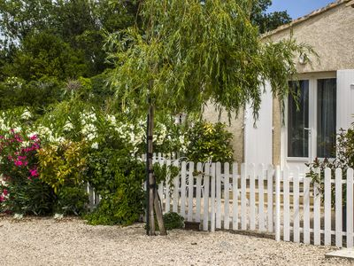 Photo for Very nice rental maussane in the valley of Les Baux