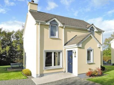 Photo for Holiday homes, Dromineer Bay  in Shannon - 6 persons, 3 bedrooms