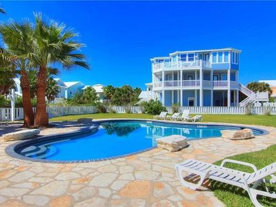 Photo for New 4BR, 3BA in Mustang Royale Gulf-Front Community, Boardwalk to Beach