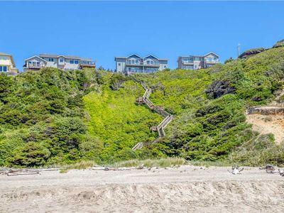 Photo for Oceanfront Townhome with Stunning Ocean Views and Private Access!!
