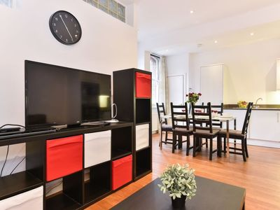 Photo for Apartment Lant Borough in London South Bank - 4 persons, 2 bedrooms