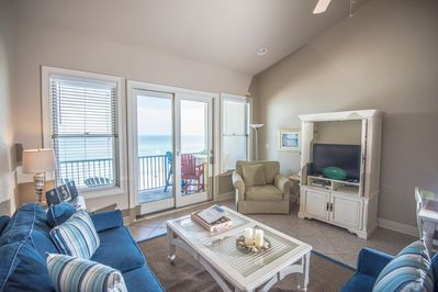 Living room with balcony access- gulf view