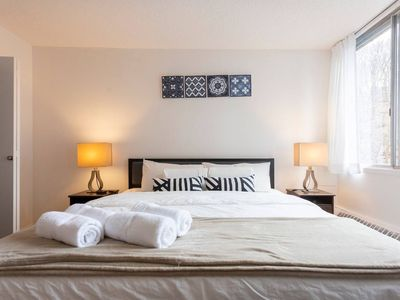 Photo for COZY OLD MONT ROYAL APARTMENT + KING BED + PARKING