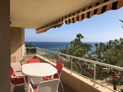 Photo for Beautiful apartment overlooking the sea and the palm grove Sweet home El Palmeral