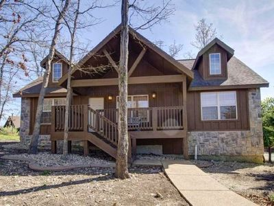 Photo for Lazy Bear Lodge At Stonebridge-Near Silver Dollar City- Great Last Minute Deals!