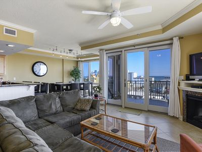 Photo for Luxury Condo in Mid-Town OCMD - Ocean View, Pools & Restaurant!