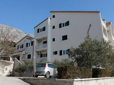 Photo for One bedroom apartment with balcony and sea view Stanići (Omiš)