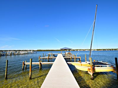Photo for Put you boat in the water and your toes in the sand! Now open for March and April