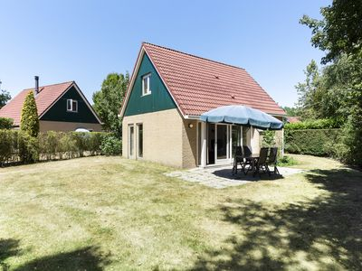 Photo for Luxury 4-person bungalow in the holiday park Landal Duc de Brabant - rural location
