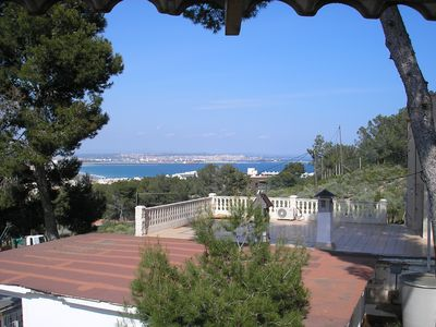 Photo for Salou apartment, sea view, pool, parking, wifi ..