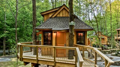 Photo for The Willow in Treehouse Grove at Norton Creek